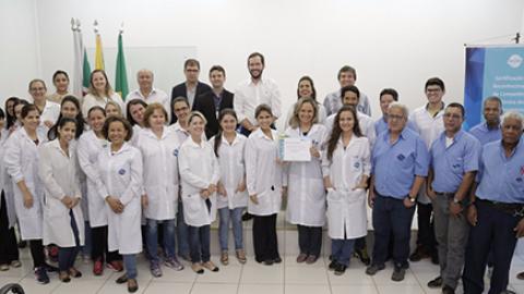 Laboratório de Água da Saneago recebe certificação de qualidade da Rede Metrológica