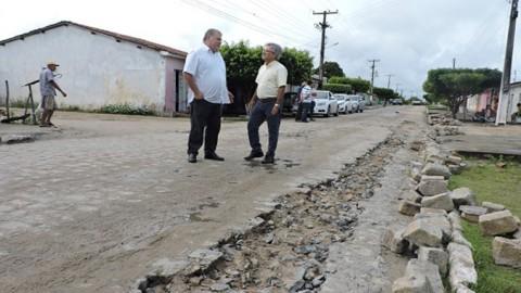 Casal investe mais de R$ 1,5 milhão no abastecimento de Piaçabuçu (AL)
