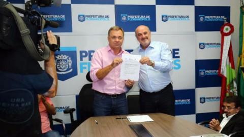 CASAN e Prefeitura de Florianópolis lançam edital para recuperar balneabilidade da Beira-Mar Norte
