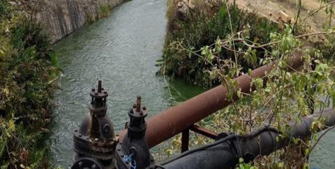 Com nível alto da barragem, Caern desativa bombas no Canal do Pataxó, no RN