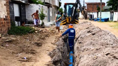 Obra permite ampliar em 70% a oferta de água para três bairros na cidade do Paulista (PE)