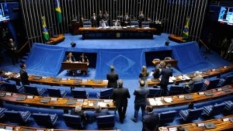 Senado aprova projeto que obriga empresas de telefonia, luz e água a divulgar evolução de tarifas