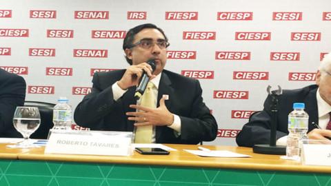 Presidente da Aesbe, Roberto Tavares, critica mudanças no setor de saneamento em evento na Fiesp