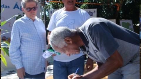 Copasa sela compromisso para preservação do ribeirão Santo Antônio, no interior de Minas Gerais