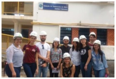 ETA Jaime Câmara recebe alunos de Engenharia Civil para visita técnica