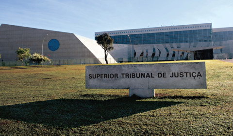 Decisão do STJ é favorável à indenização prévia em caso de retomada de sistema