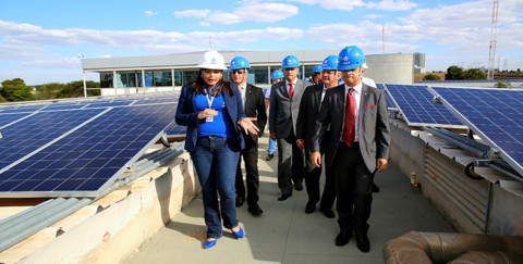 Caesb inaugura Usina Minigeradora Fotovoltaica
