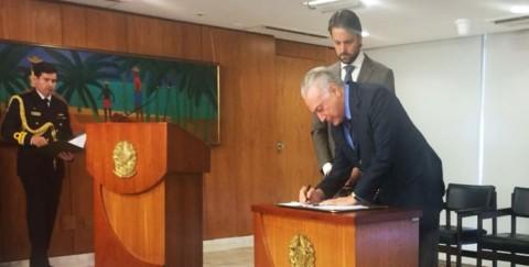 Assinatura da MP que altera marco regulatório do saneamento surpreende entidades representantes do setor