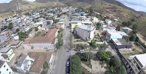 Mantenópolis (ES) recebe investimentos da Cesan em esgotamento sanitário