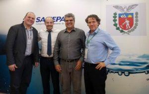 Sanepar recebe visita de comitiva de Israel
