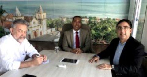 Olinda (PE) ganha nova adutora para ampliar oferta  de água na cidade