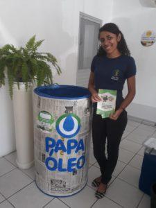 Compesa realiza campanha em Arcoverde para descarte correto dos resíduos de óleo de cozinha