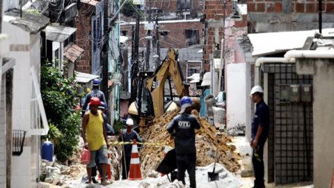 Localidades do Recife e Jaboatão recebem obras de melhoria do abastecimento de água