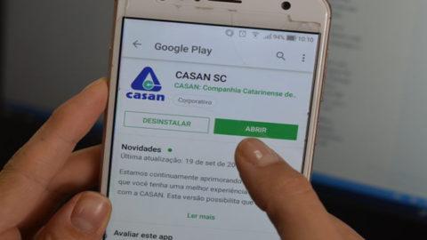 Aplicativo CasanSC ajuda no atendimento de serviços de água e esgoto
