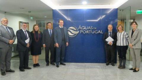 Sanepar firma parcerias técnicas com Portugal