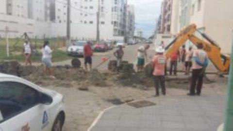 Prefeitura e CASAN vistoriam redes de drenagem em Laguna (SC)