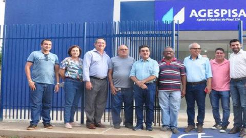 Presidente da Agespisa visita nova sede da empresa em Esperantina (PI)