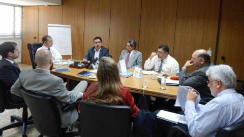 Aesbe reforça mais uma vez o risco de desestruturação do Saneamento com o artigo 10C da MP 868, em reunião no MDR