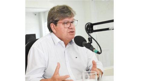 Governador da Paraiba anuncia obras de esgotamento sanitário em mais oito cidades do Estado