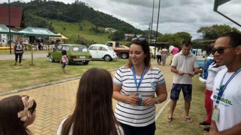 Educação para o Saneamento: moradores de Ituporanga (SC) recebem novas visitas da Casan