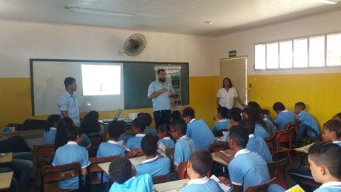 Deso realiza atividades para 500 alunos da rede municipal de Aracaju (SE)