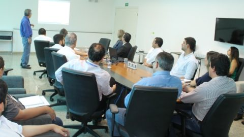 Município de Dourados (MS) e Sanesul discutem investimento em saneamento básico