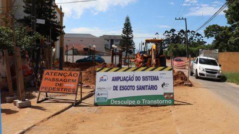 Implantação da rede de esgoto nos Ingleses, em Florianópolis, alcança 72%