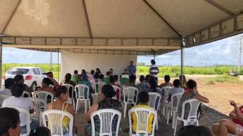 Casal atende 120 clientes em ação na Barra de São Miguel (AL)