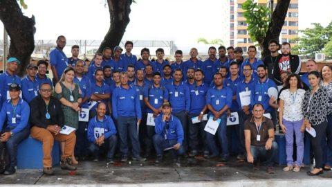Agentes Comerciais da Deso participam de treinamento em Aracaju (SE)