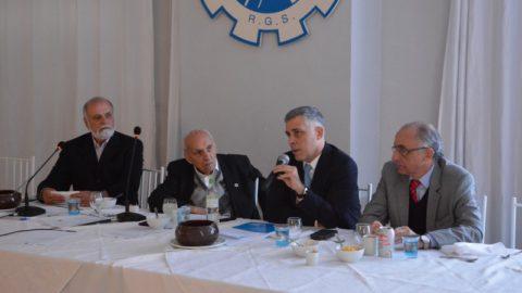 Presidente da Corsan palestra sobre PPP na Sociedade de Engenharia do RS