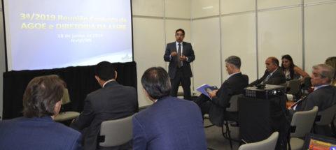 Presidentes de companhias estaduais de saneamento discutem estratégias em reunião da Aesbe em Natal/RN