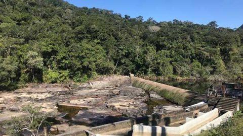 Estiagem reduz em 30% captação de água no principal manancial da Grande Florianópolis