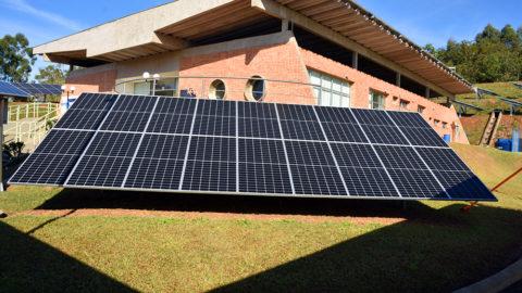 Consórcio integrado pela Sabesp inaugura 1º sistema de energia solar em saneamento