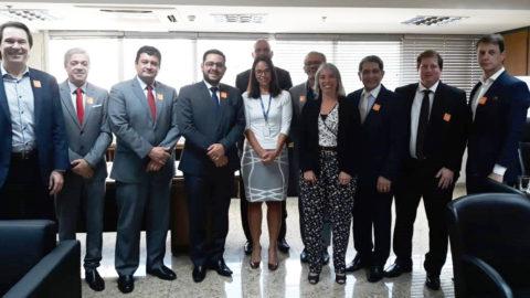 Diretoria da Aesbe apresenta à Secretária Nacional de Saneamento contribuições para melhorias ao setor
