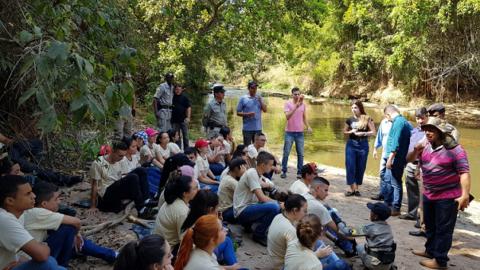Saneago participa de limpeza do Ribeirão das Antas, em Anápolis (GO)