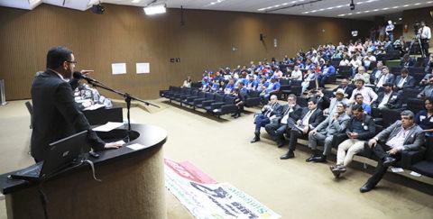 Aesbe participa de seminário que discute o Marco Legal do Saneamento
