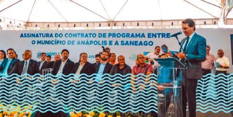 Prefeitura de Anápolis e Saneago assinam contrato de programa